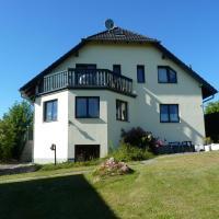 Hotel Pictures: Ferienwohnung Hartwig 1, Lancken-Granitz