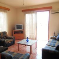 Hotel Pictures: Paralimni Holiday Apartment 82/3, Paralimni