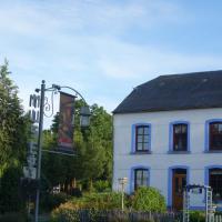Hotel Pictures: La Remise - Les Chambres, Neufchâteau