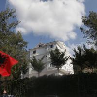 Hotel Pictures: Hotel Elvis, Tirana