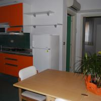 Large Two-Bedroom Apartment - Via Julia 13