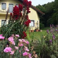 Hotel Pictures: Das gelbe Haus, Sankt Christofen