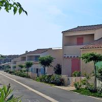 Hotel Pictures: Holiday home Mer Indigo III Saint Pierre La Mer, Fleury