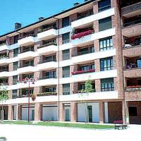 Hotel Pictures: Zuberoa 30 4 Izqda Apartment Zarautz, Zarautz