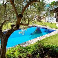 Hotel Pictures: Villa Naranjo Álora Málaga, El Chorro