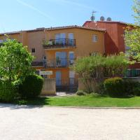 Hotel Pictures: Apartment Saint-Cyr-sur-Mer 6, Saint-Cyr-sur-Mer