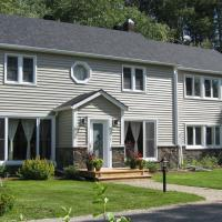 Hotel Pictures: Shamrock Hill B&B, Bancroft