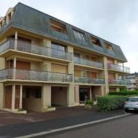Hotel Pictures: Apartment Prince Albert, Cabourg