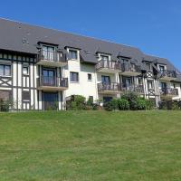 Hotel Pictures: Apartment La Cour du Moulin, Houlgate
