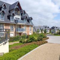 Hotel Pictures: Apartment Residence Les Coteaux Deauville, Deauville