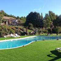 Hotel Pictures: Holiday home Des Romarins La Bouilladisse, La Bouilladisse
