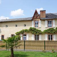 Hotel Pictures: Le Logis du Chateau, La Garnache