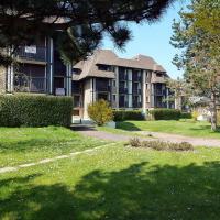 Hotel Pictures: Le Garden Fleuri, Blonville-sur-Mer