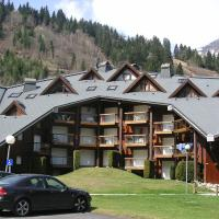 Hotel Pictures: Pierres Blanches Apt F438, Les Contamines-Montjoie