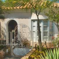 Hotel Pictures: Apartment Casita Chanteloiseau Sant Elm, Sant Elm