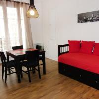 Hotel Pictures: Apartment Rue Eugene Jumin Paris, Paris