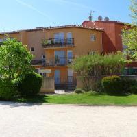 Hotel Pictures: Apartment Les Balcons du Plan de la Mer, Saint-Cyr-sur-Mer