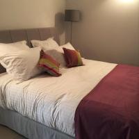 Hotel Pictures: TARZAN 1, Monthélie