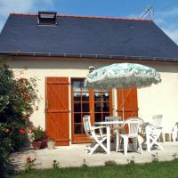 Hotel Pictures: Holiday home Bis R Du Chapitre Meigne Le Vicomte, Meigné-le-Vicomte