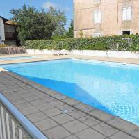 Hotel Pictures: Résidence les Hauts d'Orlegui I, Bassussarry