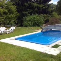 Hotel Pictures: Wienerwald Villa Mit Pool, Irenental