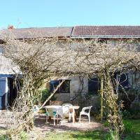 Hotel Pictures: Holiday home Wisteria Cottage, Loché-sur-Indrois