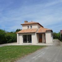 Hotel Pictures: Holiday home Rinais La Bernerie en Retz, La Rogère