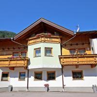 Hotel Pictures: Fewo Dachgeschoss, Aschau