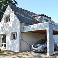 Hotel Pictures: Holiday home Impasse des Bruyeres Benodet, Gouesnach