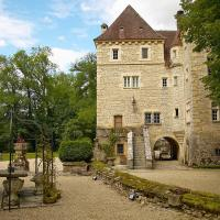 Hotel Pictures: Holiday home Vieux Chateau Voutenay s/Cure, Voutenay-sur-Cure