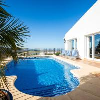 Hotel Pictures: Holiday home Casa Isabel Pego, Pego