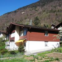 Hotel Pictures: Holiday home Salzhubelweg Goldswil, Goldswil