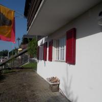Hotel Pictures: Ferienwohnung Sunnehöckli, Sattel