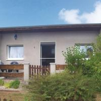 Hotel Pictures: Holiday home Brombeerstrauch A, Bellin