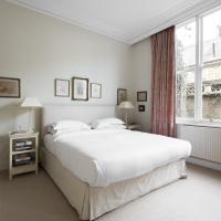 Two-Bedroom Apartment - Roland Gardens III.