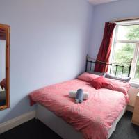 Double Room with Shared Facilities U2