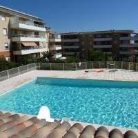 Hotel Pictures: Rental Apartment Domaine De La Baie Ficus B2, Cavalaire-sur-Mer