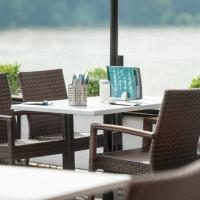 Hotel Pictures: Rheinterrassen Hotel Café Restaurant, Widdig
