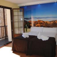 Hotel Pictures: The Way Hostel Molinaseca, Molinaseca