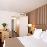 Hotel Pictures: Residhome Nantes Berges De La Loire, Nantes