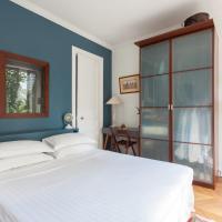 Two-Bedroom Apartment - Rue Jouffroy d'Abbans