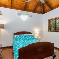 Hotel Pictures: Luxury Rainforest Villa, Kuranda