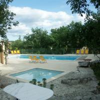 Hotel Pictures: Holiday Home Maison De Vancances - Ruoms, Labeaume