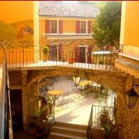 Hotel Pictures: Hotel l'Oronge, Saint-Jean-du-Gard