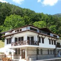 Hotelbilleder: Holiday Home Dayanitsa, Kopilovtsi
