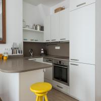 One-Bedroom Apartment - Rue de Saintonge II