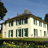 Hotel Pictures: Elm Grove Country House, Tenby