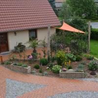 """Hotel Pictures: Ferienhaus """"Landromantik"""", Niedergurig"""