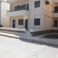 Hotellbilder: Badr Resort Ground Apartment with Garden, El Alamein