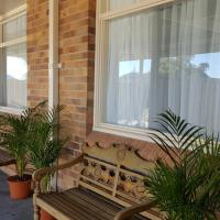 Hotel Pictures: Royal Motel Tenterfield, Tenterfield
